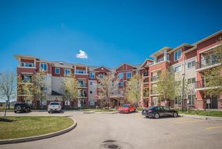 Photo 3: 210 156 Country Village Circle NE in Calgary: Country Hills Village Apartment for sale : MLS®# A1135703