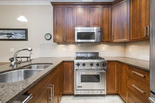 Photo 6: PH6 6688 ROYAL AVENUE in West Vancouver: Horseshoe Bay WV Condo for sale : MLS®# R2449478