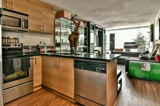 """Photo 3: 307 12069 HARRIS Road in Pitt Meadows: Central Meadows Condo for sale in """"SOLARIS AT MEADOWS GATE TOWER 1"""" : MLS®# R2186323"""