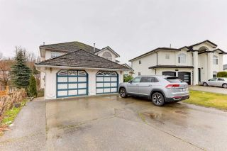 Photo 3: 3226 SISKIN Drive in Abbotsford: Abbotsford West House for sale : MLS®# R2576174