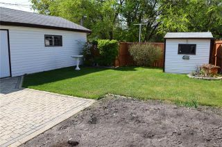Photo 3: 820 Polson Avenue in Winnipeg: Sinclair Park Residential for sale (4C)  : MLS®# 1914616