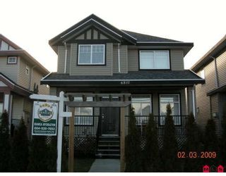 """Photo 1: 6811 192ND Street in Surrey: Clayton House for sale in """"CLAYTON VILLAGE"""" (Cloverdale)  : MLS®# F2904006"""
