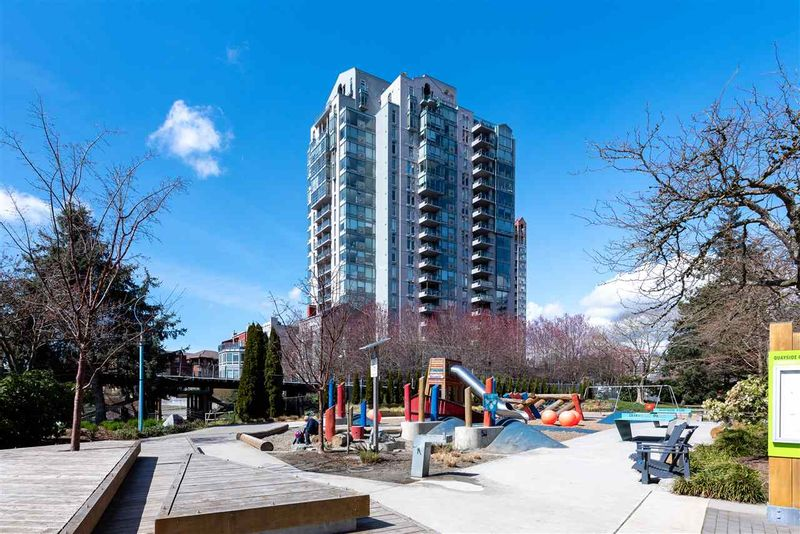 FEATURED LISTING: 402 - 8 LAGUNA Court New Westminster