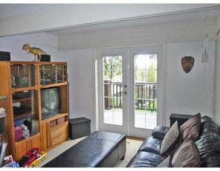 Photo 4: 1215 DORAN RD in North Vancouver: House for sale : MLS®# V816234