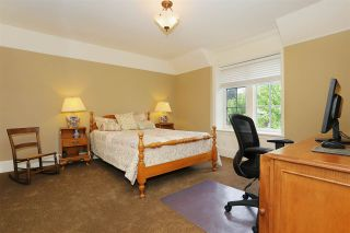 Photo 14: 14022 30TH AVENUE in Surrey: Elgin Chantrell House for sale (South Surrey White Rock)  : MLS®# R2066380