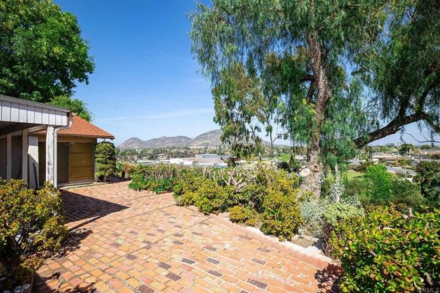 Main Photo: House for sale : 4 bedrooms : 6589 Bluefield Place in San Diego