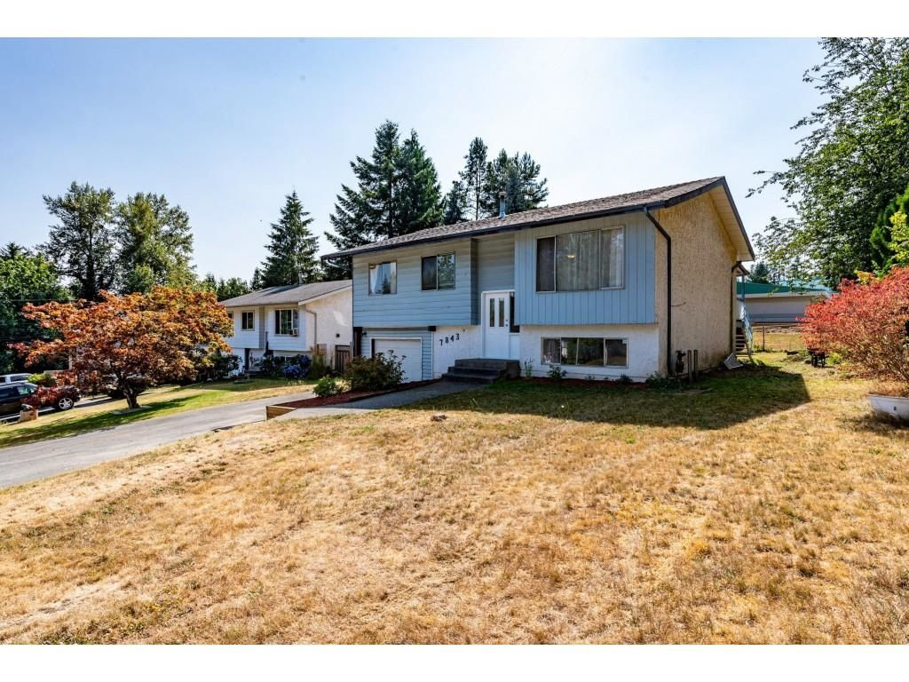 Main Photo: 7843 EIDER Street in Mission: Mission BC House for sale : MLS®# R2605391