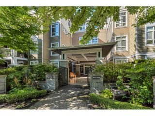 """Photo 3: 312 6279 EAGLES Drive in Vancouver: University VW Condo for sale in """"Refection"""" (Vancouver West)  : MLS®# R2492952"""