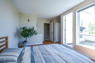 """Photo 12: 7398 HAWTHORNE Terrace in Burnaby: Highgate Townhouse for sale in """"MONTEREY"""" (Burnaby South)  : MLS®# R2071197"""