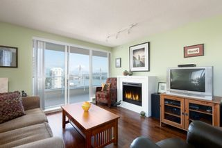 """Photo 2: 1701 39 SIXTH Street in New Westminster: Downtown NW Condo for sale in """"QUANTUM"""" : MLS®# R2615422"""