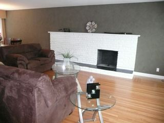 Photo 3: 8840 117A Street in N. Delta: House for sale : MLS®# F2817539
