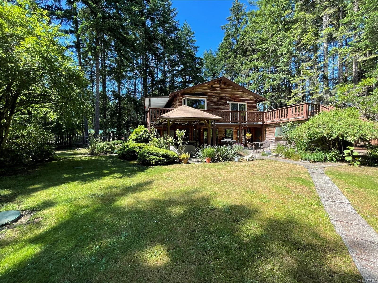 Main Photo: 826 Buttercup Rd in : Isl Gabriola Island House for sale (Islands)  : MLS®# 878182