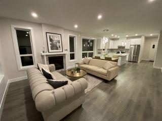 Photo 5: 6073 HEARTWOOD Place in Sechelt: Sechelt District House for sale (Sunshine Coast)  : MLS®# R2546362