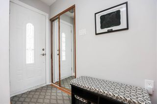 Photo 2: 17 Kenwood Place in Winnipeg: Norberry Residential for sale (2C)  : MLS®# 202111705