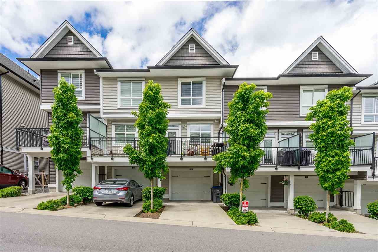 """Photo 30: Photos: 23 14433 60 Avenue in Surrey: Sullivan Station Townhouse for sale in """"BRIXTON"""" : MLS®# R2463220"""