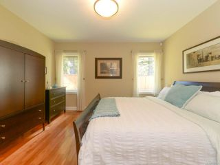 Photo 7: 309 FORESTER Avenue in COMOX: CV Comox (Town of) House for sale (Comox Valley)  : MLS®# 752431