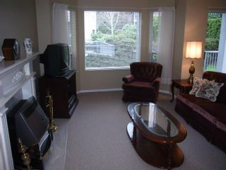 Photo 13: 106 1459 Blackwood Street in The Chartwell: Home for sale : MLS®# F2706575