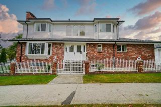 Photo 2: 3303 E 27TH Avenue in Vancouver: Renfrew Heights House for sale (Vancouver East)  : MLS®# R2498753