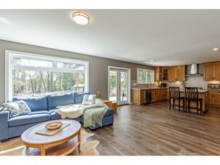 """Photo 10: 30886 DEWDNEY TRUNK Road in Mission: Stave Falls House for sale in """"Stave Falls"""" : MLS®# R2564270"""