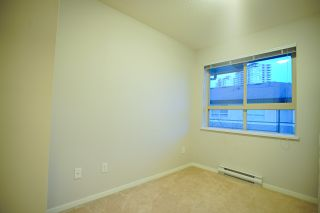 Photo 8: 20 301 KLAHANIE Drive in Port Moody: Port Moody Centre Townhouse for sale : MLS®# R2032725
