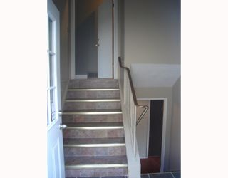 Photo 2:  in CALGARY: Forest Lawn Residential Attached for sale (Calgary)  : MLS®# C3275557
