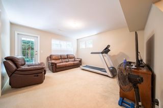 Photo 3: 4 2133 151A Street in Surrey: Sunnyside Park Surrey Townhouse for sale (South Surrey White Rock)  : MLS®# R2604564