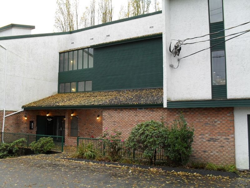 """Main Photo: #104 33598 GEORGE FERGUSON WAY in ABBOTSFORD: Central Abbotsford Condo for rent in """"NELSON MANOR"""" (Abbotsford)"""