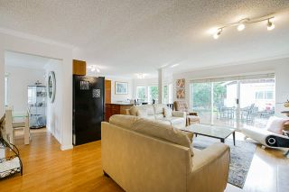 Photo 6: 1677 MACGOWAN Avenue in North Vancouver: Pemberton NV House for sale : MLS®# R2562204