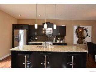 Photo 5: 7517 OXBOW Way in Regina: Fairways West Residential for sale : MLS®# SK603283