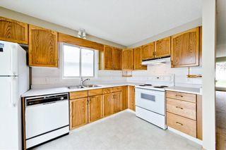 Photo 8: 132 DEER RIDGE Close SE in Calgary: Deer Ridge Semi Detached for sale : MLS®# C4303155