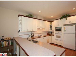 "Photo 3: 16 5811 122 Street in Surrey: Panorama Ridge Townhouse for sale in ""Lakebridge"" : MLS®# F1005861"