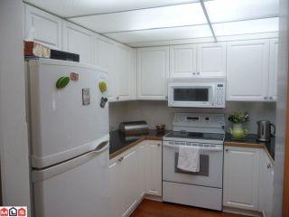 "Photo 8: 210 1280 FIR Street: White Rock Condo for sale in ""Ocean Villa"" (South Surrey White Rock)  : MLS®# F1122357"