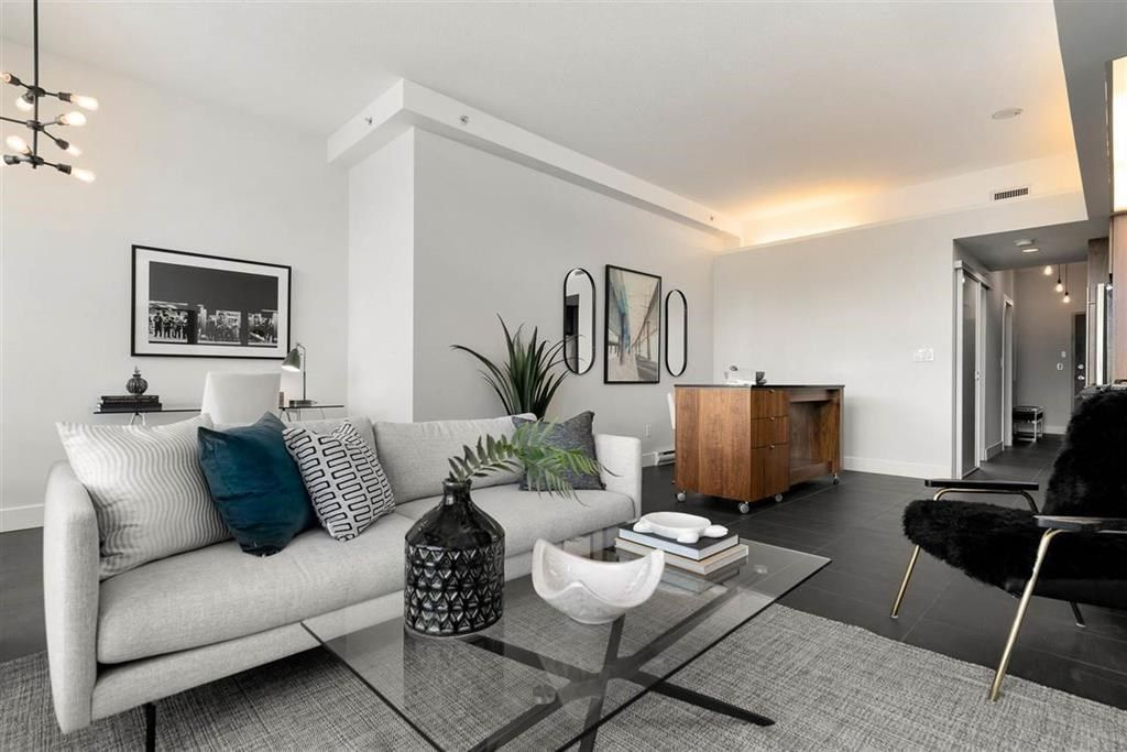 Main Photo: 404 33 W PENDER Street in Vancouver: Downtown VW Condo for sale (Vancouver West)  : MLS®# R2588792