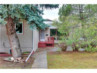 Photo 41: 68 GLENFIELD Road SW in Calgary: Glendle_Glendle Mdws House for sale : MLS®# C4024723