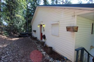 Photo 4:  in : Anglemont House for sale (North Shuswap)  : MLS®# 10239335