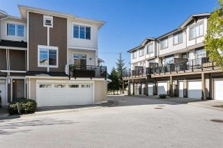Photo 2: 14 19433 68 Avenue in Surrey: Clayton Townhouse for sale (Cloverdale)  : MLS®# R2571381