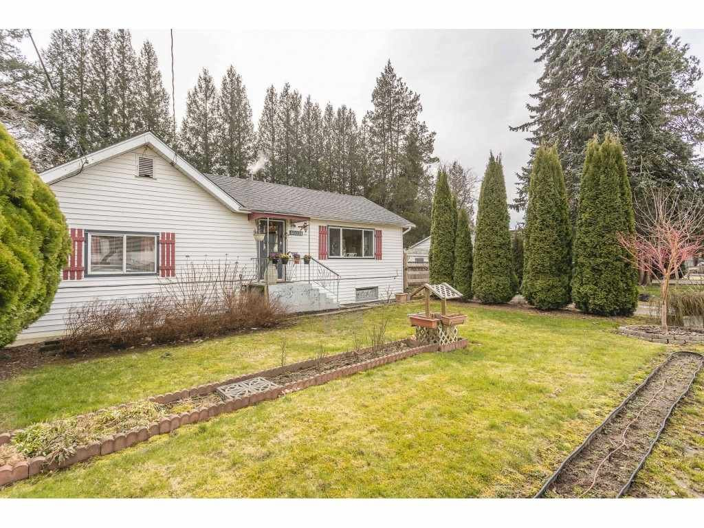 Main Photo: 46074 CLEVELAND Avenue in Chilliwack: Chilliwack N Yale-Well House for sale : MLS®# R2546223