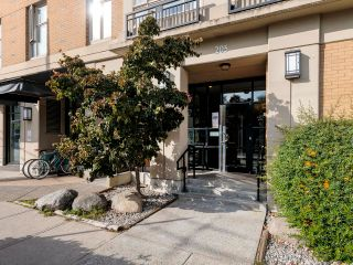 """Photo 2: 212 205 E 10TH Avenue in Vancouver: Mount Pleasant VE Condo for sale in """"The Hub"""" (Vancouver East)  : MLS®# R2621632"""