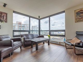 """Photo 4: 1803 1 RENAISSANCE Square in New Westminster: Quay Condo for sale in """"The Q"""" : MLS®# R2579604"""