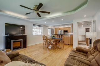Photo 2: 269 S Central Park Boulevard in Oshawa: Central House (Bungalow-Raised) for sale : MLS®# E5329101