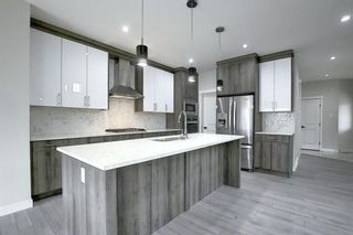 Photo 5: 31 Walcrest View SE in Calgary: Walden Residential for sale : MLS®# A1054238