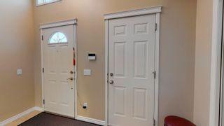 Photo 2: 4525 154 Avenue in Edmonton: Zone 03 House for sale : MLS®# E4249203