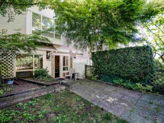 """Photo 16: 63 6588 SOUTHOAKS Crescent in Burnaby: Highgate Townhouse for sale in """"Tudor Grove"""" (Burnaby South)  : MLS®# R2501308"""