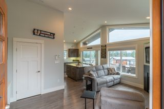Photo 6: : Building And Land for sale : MLS®# 435580
