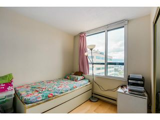 """Photo 10: 920 1268 W BROADWAY in Vancouver: Fairview VW Condo for sale in """"CITY GARDENS"""" (Vancouver West)  : MLS®# V1087529"""