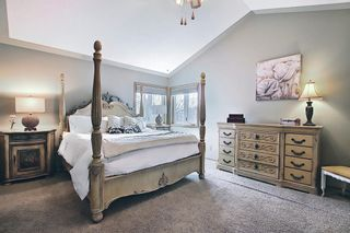 Photo 28: 824 Shawnee Drive SW in Calgary: Shawnee Slopes Detached for sale : MLS®# A1083825