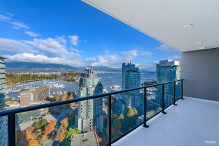 """Photo 14: 2001 620 CARDERO Street in Vancouver: Coal Harbour Condo for sale in """"Cardero"""" (Vancouver West)  : MLS®# R2563409"""