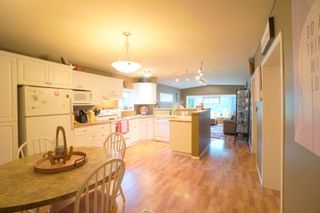 Photo 9: 7 King Crescent in Portage la Prairie RM: House for sale : MLS®# 202121912