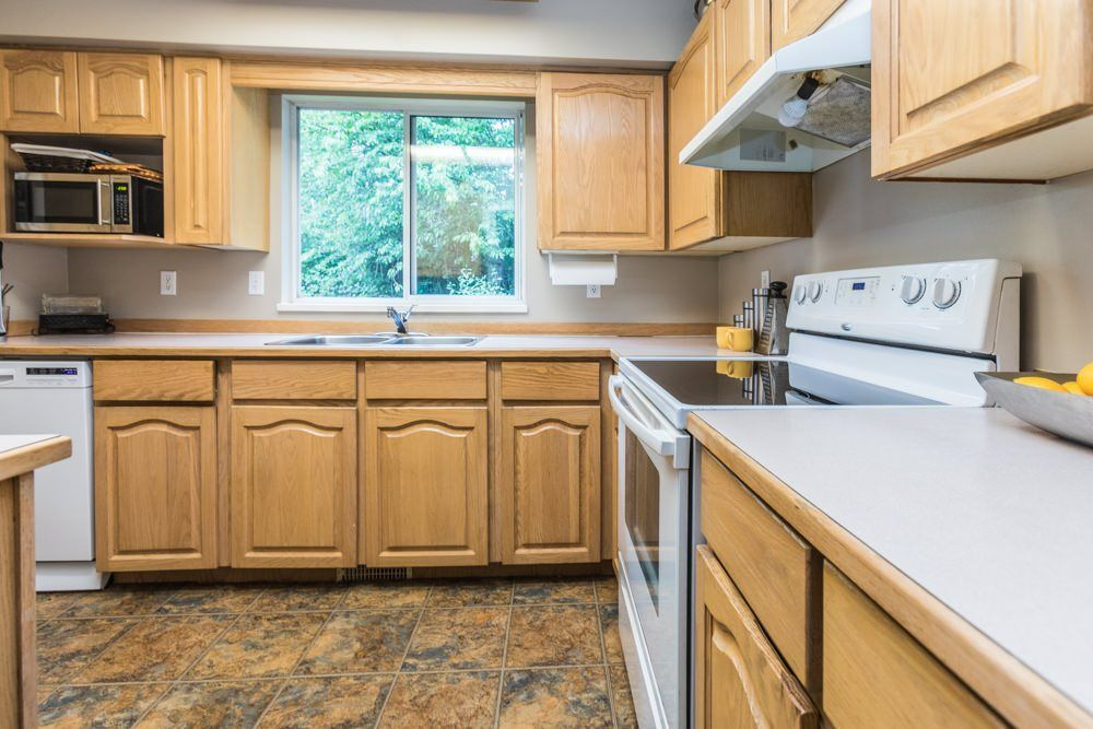 """Photo 3: Photos: 1 23151 HANEY Bypass in Maple Ridge: East Central Townhouse for sale in """"STONEHOUSE ESTATES"""" : MLS®# R2283761"""