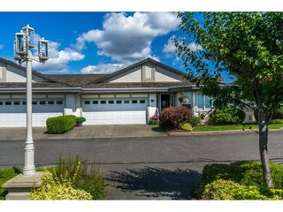 "Photo 1: 19 31445 RIDGEVIEW Drive in Abbotsford: Abbotsford West Townhouse for sale in ""PANORAMA RIDGE"" : MLS®# R2093925"